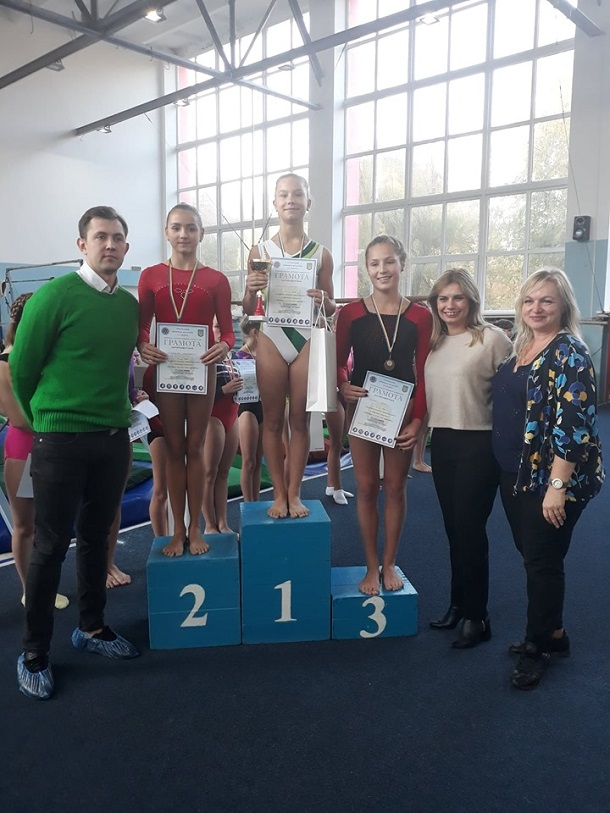 V Kramatorske sostojalsja Otkrytyj chempionat po sportivnoj gimnastike 3